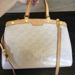 Authentic Louis Vuitton Vernis Brea MM Rose Fl Bag